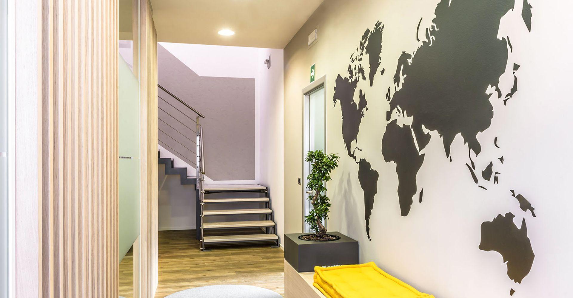 Arredamento Ufficio Stile Industriale : Durante ufficio progettazione e fornitura arredamenti per uffici