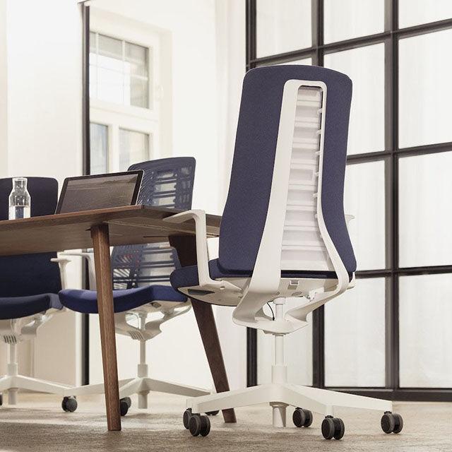 PUREis3: la sedia tridimensionale