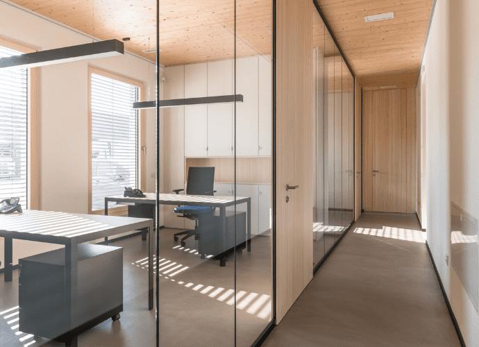 Dalmonego uffici in legno